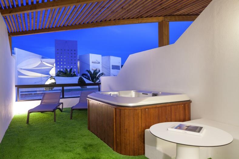 jacuzzi terrasse Palace Ibiza